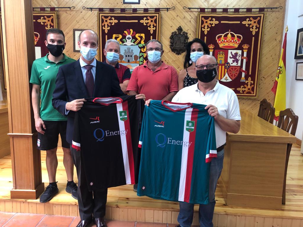 El Ayuntamiento de Horche y Q-Energy firman un convenio para el patrocinio de los equipos federados y de las escuelas deportivas municipales